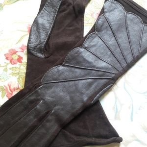 "VTG ""FOWNES"" BROWN LEATHER AND NYLON GLOVES!"